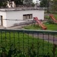 O Vereador da CDU na Câmara do Porto denuncia carência de parques infantis.