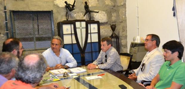 Pedro Carvalho, vereador e candidato à presidência da Câmara Municipal do Porto, acompanhado de outros eleitos e candidatos da CDU, visitou no passado dia 23 de Julho o SPORT CLUBE […]