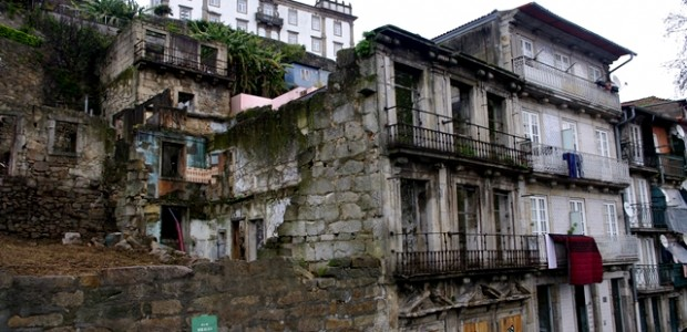 Os eleitos autárquicos da CDU, nos órgãos municipais e da União de Freguesias, efectuaram, no dia 18 de Janeiro uma visita a Miragaia e Vitória, no Centro Histórico do Porto. […]