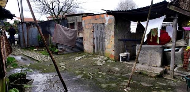 Na sequência duma visita realizada à zona da Viela de Lamas, em Paranhos, no dia 15 de Fevereiro (http://www.cidadedoporto.pcp.pt/?p=3927), o vereador da CDU apresentou na reunião de Câmara de 23 […]